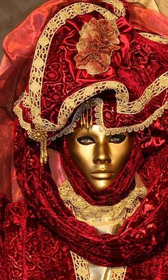 burgundy.quenalbertini: Venetian Masquerade