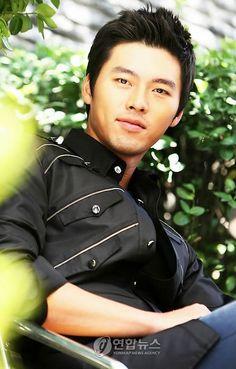 HYUN BIN Korean actor