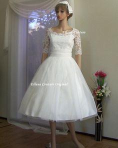 PLUS SIZE. Leila Vintage Inspired Wedding Dress. by EllanaCouture