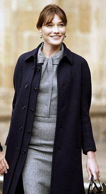 Carla Bruni again. So chic.