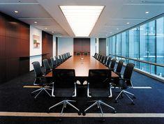 Nikken Space Design Board Rooms, Conference Room Design, King Of The World, Work Spaces, Office Interiors, Luxury Living, Office Ideas, Offices, Living Room