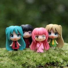 4pcs/lot 3.5cm Kawaii Anime Hatsune Miku K-ON Microscopic Micro Landscape Small Garden Ornament Action Figure Toys