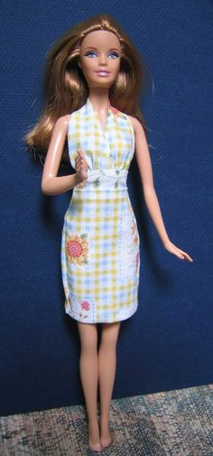 Janel Was Here// Barbie Doll halter dress pattern Sewing Barbie Clothes, Barbie Sewing Patterns, Doll Dress Patterns, Clothing Patterns, Diy Clothes, Style Patterns, Dress Sewing, Barbie Mode, Barbie Basics