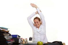Non hai il tempo di andare in #palestra, ma desideri praticare un po' di attività fisica? Ecco qualche consiglio per farlo sul luogo di lavoro in pochi minuti.  Scopri i nostri #consigli: http://www.dimmidisi.it/it/dimmicomefai/stare_in_forma/article/ginnastica_in_ufficio_si_puo.htm - #dimmidisi #benessere #salute #ufficio #fitness #gym