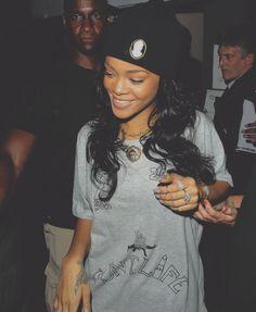 Rihanna with Melody ehsani necklace