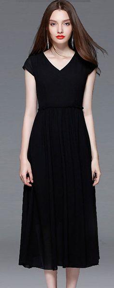 Elegant O-Neck Short Sleeve Oversize Black Dress