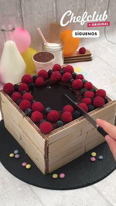 Brioche Donuts, Chocolate Dishes, Creative Food Art, Deli, Cake Recipes, Raspberry, Cooking, Desserts, Recipes