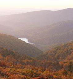10 Trails everyone must hike - Mathew's Arm Loop Shenandoah National Park, Virginia