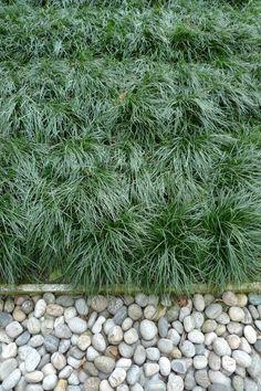 Angelo Mangiarotti, garden basics, grass, pebbles