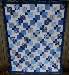 China Blue D9P quilt made by AngeliaNR of the Quilting Board