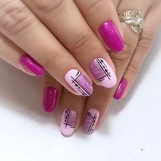 10 creative nail designs for short nails to create unique styles Nail ideas NailiDeasTrends Evil Bee Creative Nail Designs, Short Nail Designs, Beautiful Nail Designs, Creative Nails, Nail Art Designs, Nails Design, Beautiful Nail Art, Pink Nails, Gel Nails