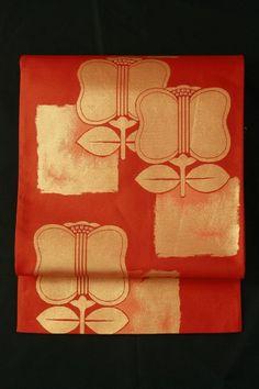 Scarlet fukuro obi / 緋色地 遠州椿柄 六通京袋帯   #Kimono #Japan http://global.rakuten.com/en/store/aiyama/