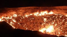 "Pozo de Darvaza (""La puerta al infierno"") Darvaza, Turkmenistán"