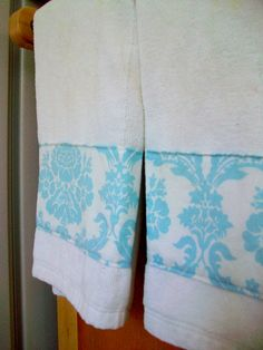 DIY Kitchen Towels (plain white hand towels + pretty scraps of fabric = customized towels to match your kitchen decor, for less than 1.00 each!)