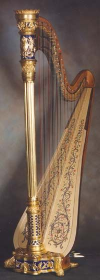 Irish harp! This is beautiful!