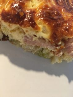 Delicious Crustless Quiche - Slimming World Recipe Makeup World Recipes Food ? Best Weight Loss Foods, Healthy Recipes For Weight Loss, Healthy Meals, Healthy Food, Crustless Quiche Slimming World, Duel Game, Slimming World Recipes Syn Free, Slimming World Desserts, Eating Eggs