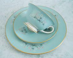 Vintage taza y plato en verde menta taza y por SwirlingOrange11, $42.00