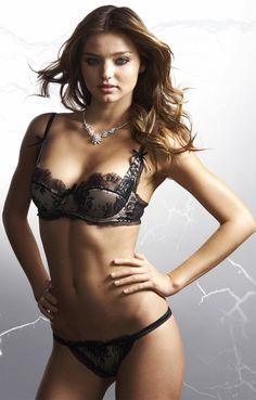 Pics lingerie supermodel