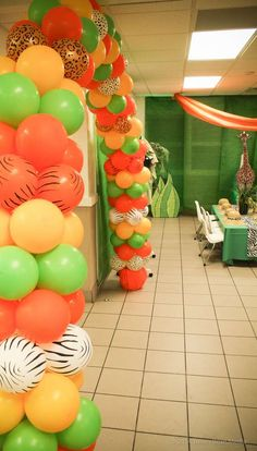 Party Lab Miami I's Birthday / Wild Kratts - Photo Gallery at Catch My Party Kids Birthday Themes, Kids Party Themes, 6th Birthday Parties, 1st Boy Birthday, Party Ideas, Madagascar Party, Balloons Galore, Safari Theme Party, Wild Kratts