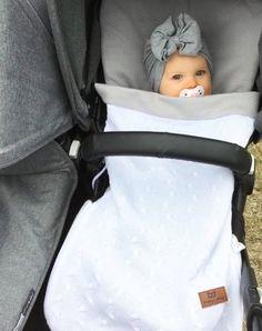 Baby's Only kesälämpöpussi rattaisiin ja turvakaukaloon on järkevä hankinta vauvalle, sillä Suomen kesä on usein arvaamaton!