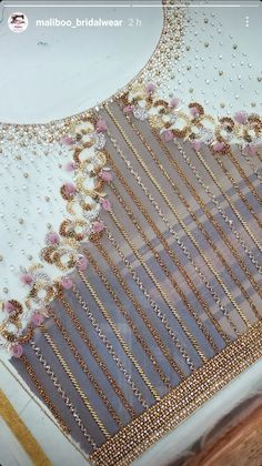 Cutwork Blouse Designs, Best Blouse Designs, Embroidery Neck Designs, Bead Embroidery Patterns, Hand Work Embroidery, Embroidery Suits Design, Beaded Embroidery, Hand Work Design, Hand Work Blouse Design