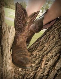 Cowgirl Boots.... if on ly they were black. ..