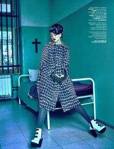 #MelissaShoes #MelissaSoldier #KarlLagerfeld #Clipping #VoguePor