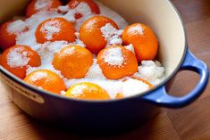 Ingredients: 12 Clementines, washed, or 2 to 4 small organic navel oranges 4 cups sugar 3 cups water Preparing the fruit: Wash the fr. Candied Orange Slices, Candied Fruit, Orange Recipes, Fruit Recipes, Candy Recipes, Holiday Recipes, Winter Desserts, Just Desserts, Clementine Recipes