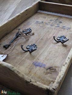 Vintage kulcstartótálca (LaVintagemuhely) - Meska.hu