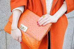 orange on orange Peach Orange, Orange Bag, Orange Color, Orange Clutches, Michael Kors Clutch, Tights Outfit, Yoga Fashion, Happy Colors, Hello Gorgeous