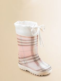 Burberry rain boots. Are you kidding me?! LOVE