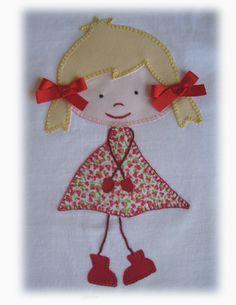 En esta entrada os enseño unas cuantas camisetas de muñequitas con coletas, en distintos colores. Estas en tono morado son para dos hermani... Baby Applique, Applique Patterns, Applique Designs, Hand Embroidery Designs, Embroidery Applique, Embroidery Stitches, Hobbies And Crafts, Diy And Crafts, Gift Wraping