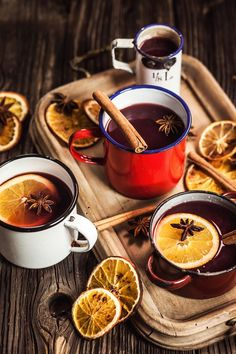 Try 2 in You will love fragrant Christmas drinks - Proženy Best Mulled Wine Recipe, Sangria Recipes, Wine Recipes, Smoothie Recipes, Wine Slow, Food Photography Tips, Christmas Drinks, Food Inspiration, Recipes