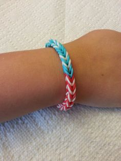 Red White and Blue American Flag Rainbow Loom Fishtail Rubber Band Bracelet Patriotic USA