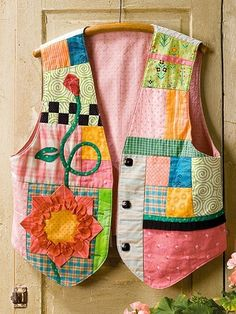 Quilter's World Patterns Chudidhar Neck Designs, Quilt Patterns, Sewing Patterns, Patchwork Dress, Diy Embroidery, Sewing Techniques, Fabric Scraps, Sewing Projects, Spring