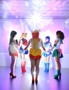 Sailor Moon, Mercury, Jupiter, Venus and Mars from Sailor Moon