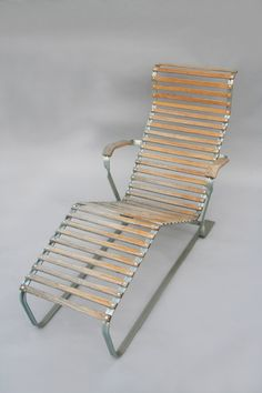 Aluminium Long Chair mod.1096 Marcel BREUER. Manufactured by Embru and distributed by Wohnbedarf. Manufacturing in 1999 by Embru.