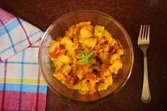 Dahi Aloo- potatoes in a mild yogurt gravy Complete Recipe-