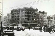 1960' lar... Kadıköy. Yapı ve Kredi Bankası inşaat halinde