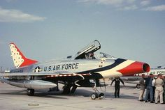 The U.S. Air Force Thunderbirds operated the F-100C from 1956 until 1964. After briefly converting to the F-105 Thunderchief, the team flew F-100Ds from July 1964 until November 1968.