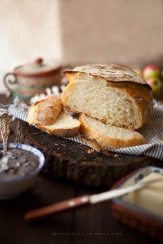 No knead bread / Pane senza impasto Baby Food Recipes, Great Recipes, Cooking Recipes, Rustic Bread, No Knead Bread, Romanian Food, Bread Baking, New York Times, Food Inspiration