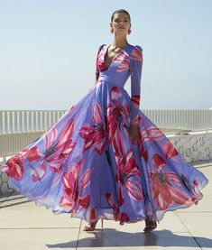 Carla Ruiz 95742 Wedding Outfit in Print - Sale price Mother of the bride design dressing a woman who values originality and appreciates standing out. Designer Gowns, Spring Dresses, Fashion Week, The Dress, Dress Brands, Mother Of The Bride, Chic Outfits, Beautiful Dresses, Ideias Fashion