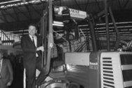 Landbouw RAI 1984 geopend; minister Braks in een trekker tijdens de rondgang