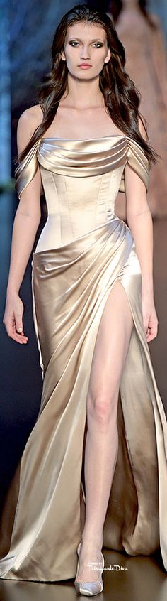 Ralph & Russo ~ Fall Ivory Satin Gown w Deep Side Slit 2015 jαɢlαdy
