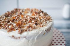 Carrot cake - Tort cu morcovi și cremă de brânză - Ciocolată Şi VanilieCiocolată Şi Vanilie Tiramisu, Camembert Cheese, Ice Cream, Ethnic Recipes, Carrot, Cakes, No Churn Ice Cream, Icecream Craft, Tiramisu Cake
