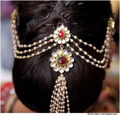 Best Indian Bride Hairstyles for Women with Long Hair - Hair Models South Indian Wedding Hairstyles, Indian Bridal Hairstyles, Wedding Hairstyles For Long Hair, Bride Hairstyles, Hair Wedding, Chignon Hairstyle, Short Hair, Stylish Hairstyles, Wedding Braids