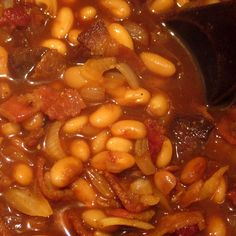 1 lb. dried pinto or navy beans  ½ lb. bacon (about 12 slices)  1 large onion, finely diced  3 tablespoons molasses  ½ cup brown sugar  1 cup ketchup  1 teaspoon dry mustard  ½ cup apple cider vinegar  1 teaspoon salt  1 ½ teaspoons ground black pepper  1 ½ tablespoons minced garlic or 1 teaspoon garlic powder    Homemade Baked Beans @ Common Sense Homesteading