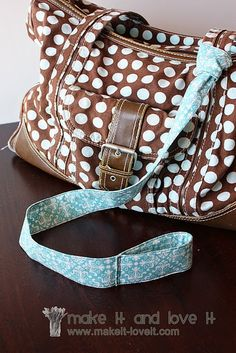 Toddler Bag Handle--for when you can't hold their hands...