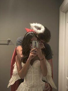 Cute Couples Photos, Cute Couple Pictures, Cute Couples Goals, Couple Pics, Teen Couples, Romantic Couples, Relationship Goals Pictures, Cute Relationships, Couple Halloween Costumes