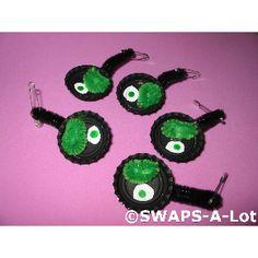 Girl Scout Swaps - Green Eggs & Ham. Bottlecaps, pipe cleaners, felt or fun foam.